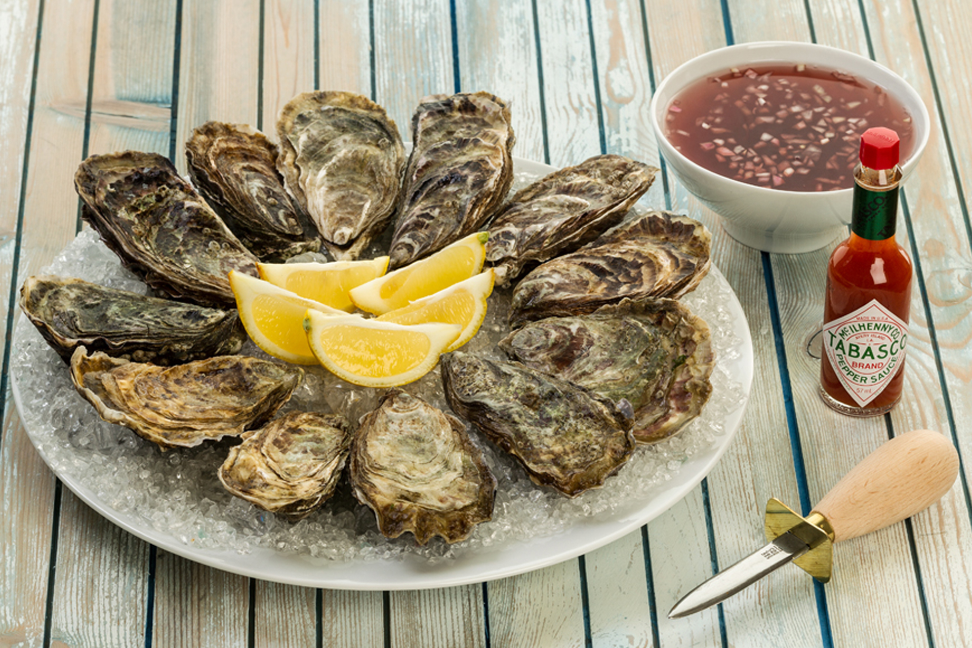 Buy fresh oysters online from Lindisfarne Oysters